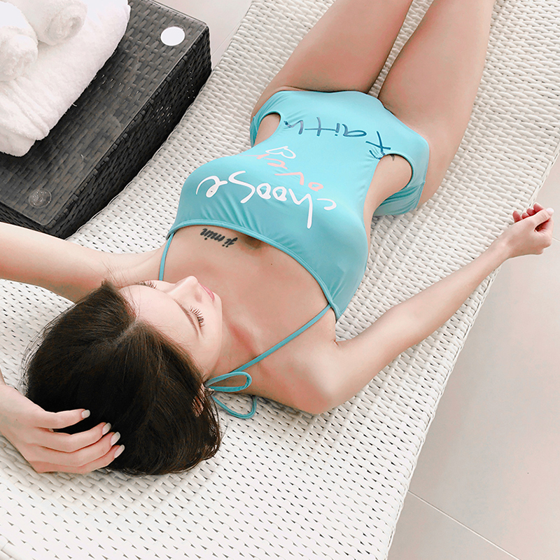 все цены на VERZY 2018 new one piece bandeau swimsuit solid with print letters sexy hollow blue black monokini one-piece summer beachwear