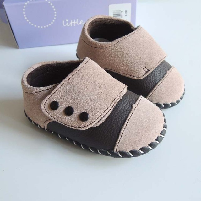 Pouco chique Cor Bege Meninos De Couro Do Bebê Sapatos Macios Sapatos Da Criança de Couro Genuíno