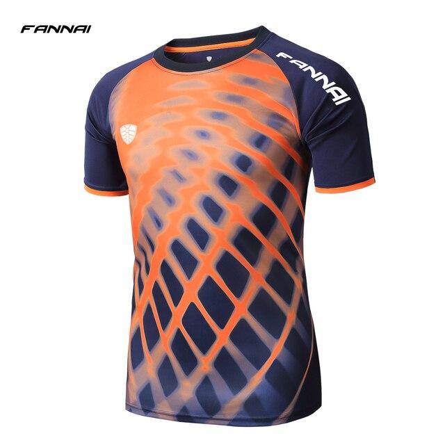 2019 Новое поступление Для мужчин спортивная рубашка для спортзала для игры в баскетбол спортивная одежда для бега футбольные майки Бодибилдинг Мужской сжатия Рубашки с коротким рукавом