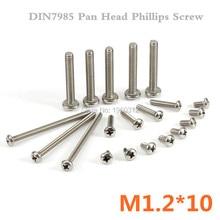 1000 sztuk/partia DIN7985 M1.2 * 10 A2 Pan głowy Phillips ze stali nierdzewnej (krzyż wpuszczone pan głowy) śruby