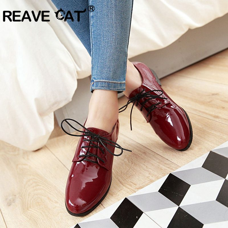 REAVE CAT Spring Autumn FLats Women Flat shoes Ladies Low heel shoes Lace up Square toe Patent leather Big size 43 Silver A951 spring autumn women flats oxford derby brogue pu patent leather square toe lace up vintage sexy casual dress office ladies shoes
