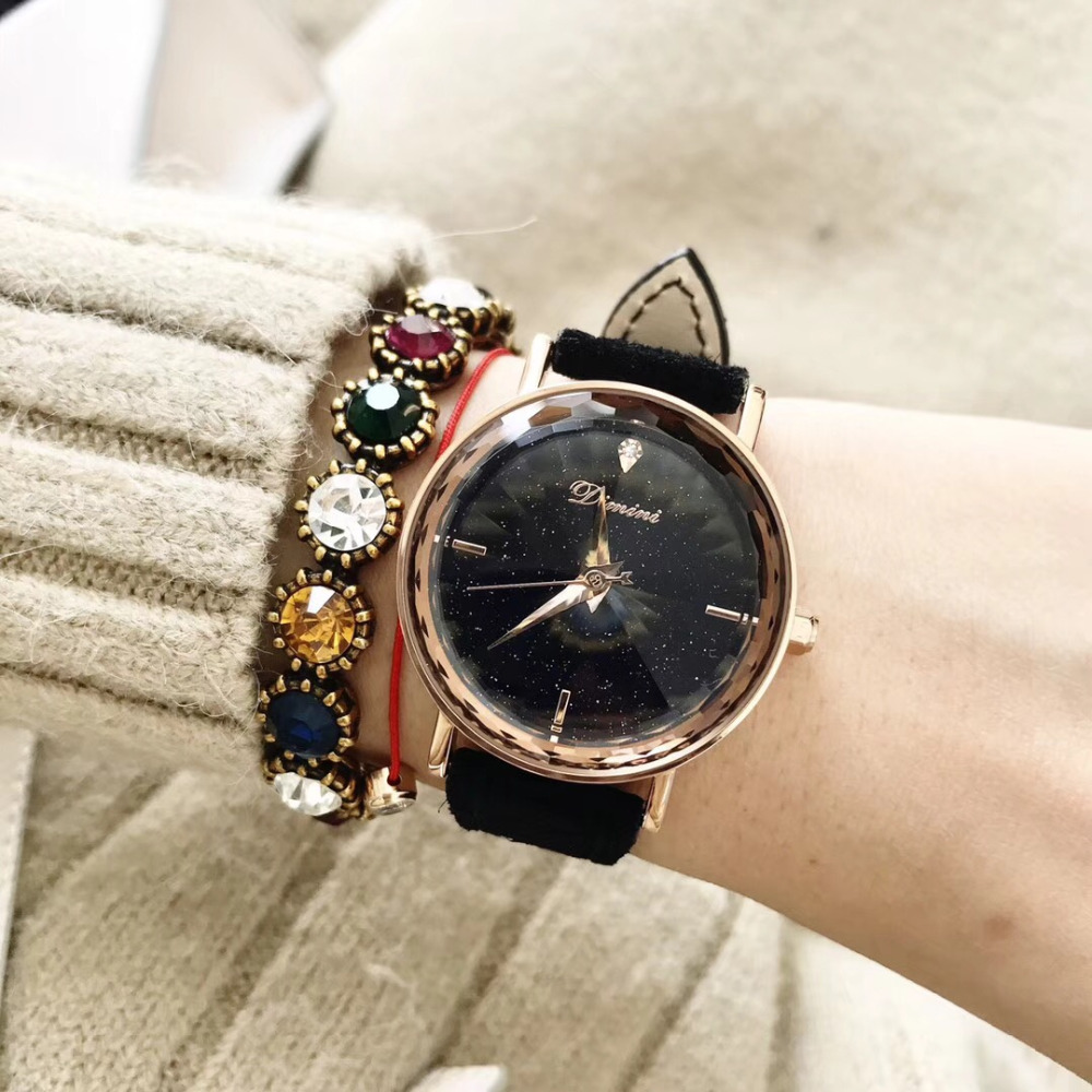 Simple Fashion Multi Faceted Wave Lines Crystal Watches Women Pretty Candy Colors Fur Leather Strap Watch Quartz Analog MontreSimple Fashion Multi Faceted Wave Lines Crystal Watches Women Pretty Candy Colors Fur Leather Strap Watch Quartz Analog Montre
