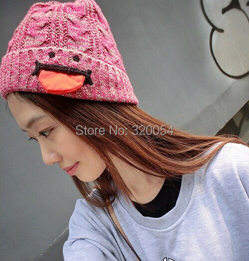 Free shipping 1 pcs 2014 NEW Men and women fashion Red tongue twist knitted cap Winter warm hat Light grey/dark gray/red