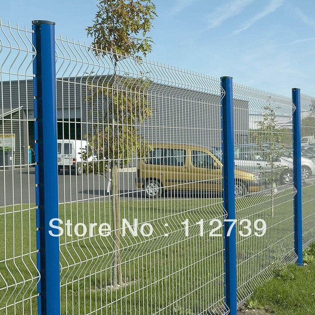 Height 2 2m Post Welded Wire Mesh Fence Peach 70 110mm