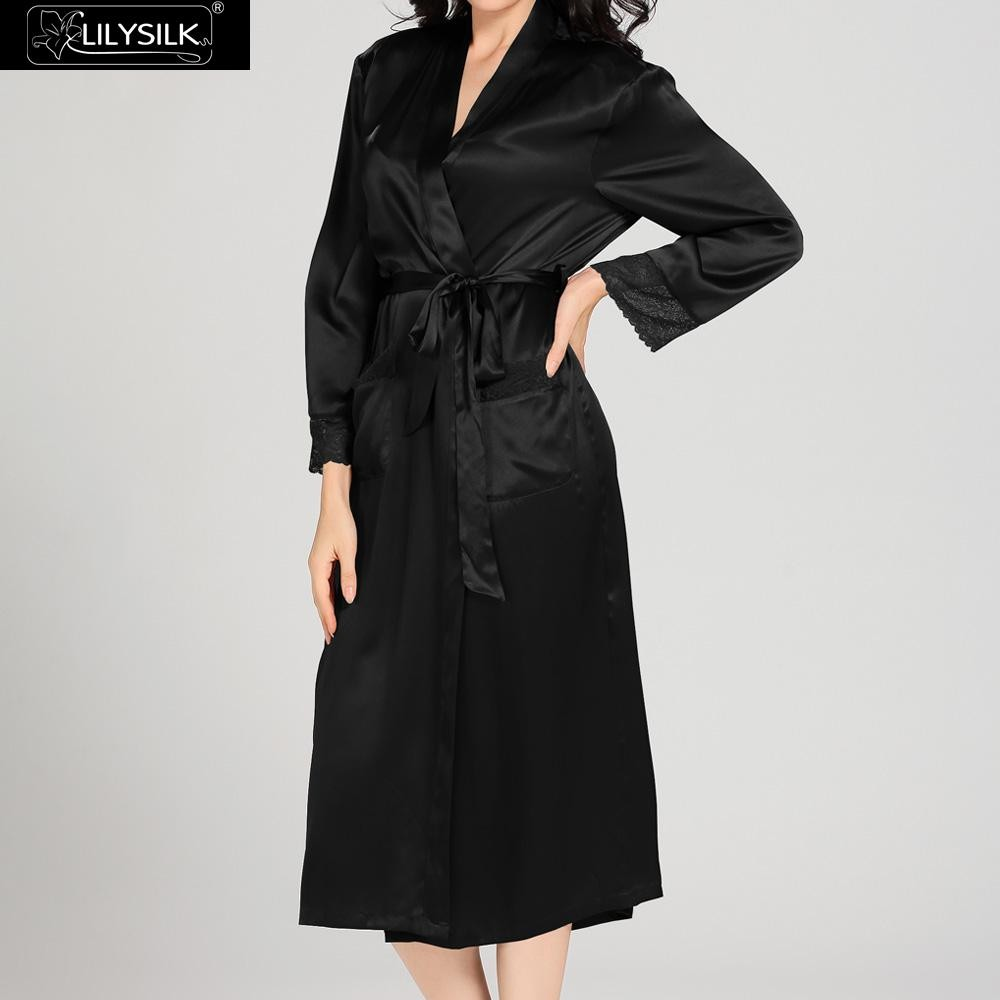 1000-black-22-momme-lace-long-silk-nightgown-&-dressing-gown-set-02