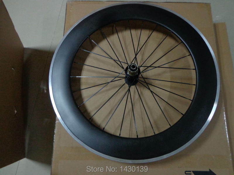 1pcs New 700C 80mm clincher rim Road Track Fixed Gear bicycle carbon bike wheelset with alloy brake surface aero spoke Free ship1pcs New 700C 80mm clincher rim Road Track Fixed Gear bicycle carbon bike wheelset with alloy brake surface aero spoke Free ship