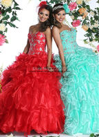 Gorgeous Sweetheart Embroidery Crystals Ruffled Quinceanera Dresses Ball Gowns Dress for 15 Years 2018 Cheap Quinceanera Gowns