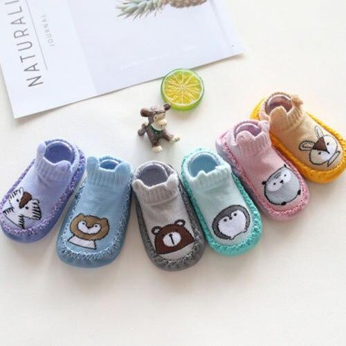 c55d31f89 Bebé niños Niña Zapatos pre-walker infantil del bebé antideslizante  zapatillas Animal lindo Prewalker recién