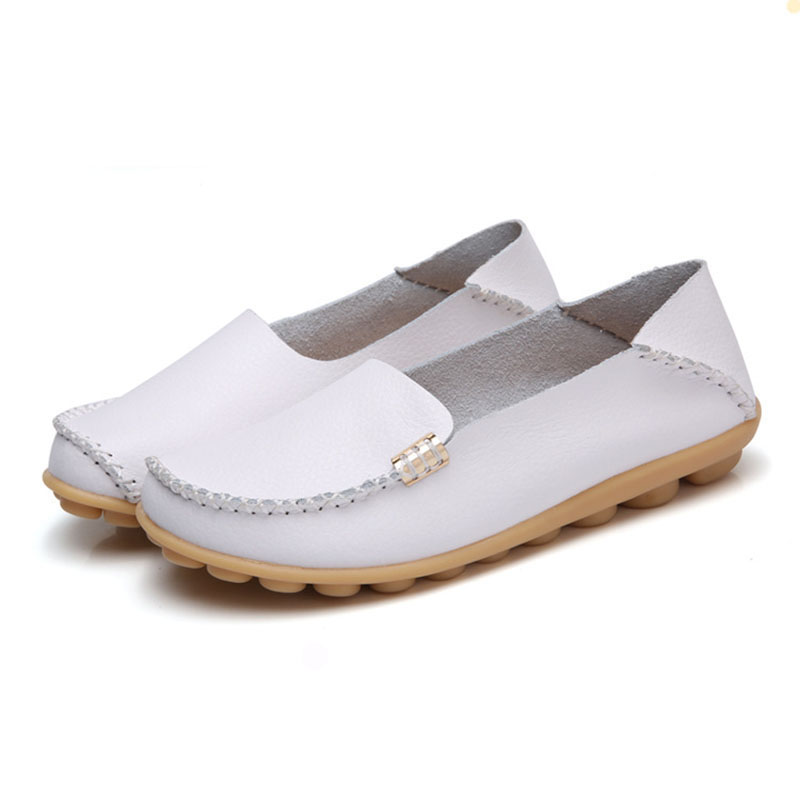 2018 New Women Shoes Soild Color   Leather   Women Flats Shoes Female Moccasin Soft Casual Lady Shoes Mother Footwear