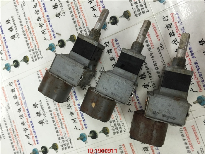 1pcs/lot Used Japan ALPS 18-type double with a motor potentiometer 30K special DX2 handle length 25MMF 6 feet1pcs/lot Used Japan ALPS 18-type double with a motor potentiometer 30K special DX2 handle length 25MMF 6 feet