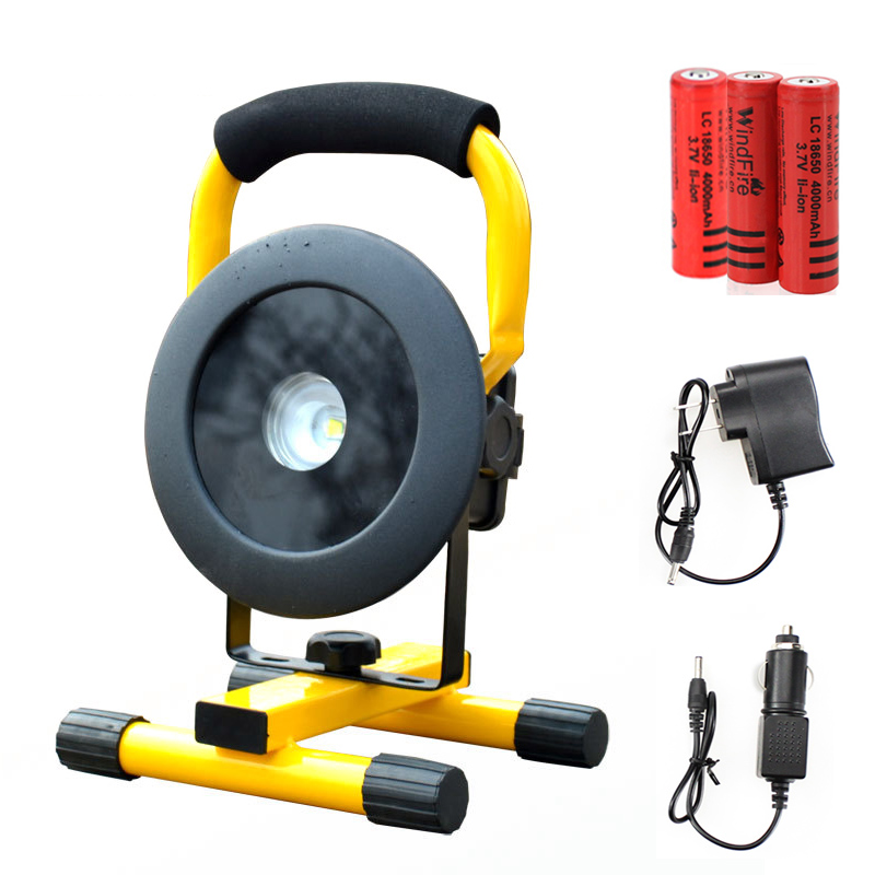 ФОТО T6 Movable Floodlight rechargeable portable camping spotlight LED Flood light grassland include 3*18650 battery and charger