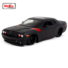 Maisto 1:24 2008 DODGE Challenger Modified version of the car model cool black Diecast Model Car Toy New In Box Free Shipping maisto 1 18 mini cooper sun roof diecast model car toy new in box free shipping 31656