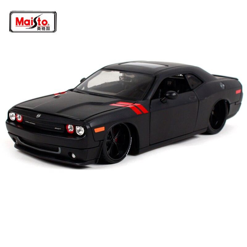 Maisto 1:24 2008 DODGE Challenger Modifizierte version der auto modell kühlen schwarz Diecast Modell Auto Spielzeug Neue In Box freies Verschiffen