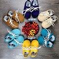 Nueva con cordones Primer Caminante del Cuero Genuino hecho a mano Del Bebé Mocasines Chaussure zapatos recién nacidos Del Bebé Zapatos Bebe Envío gratis