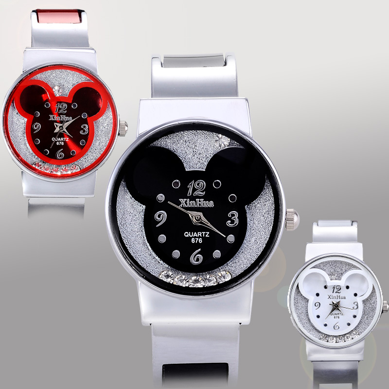 New Fashion Mickey Bracelet Watches Women dress Girl s Cute Rhinestone wristwatches men 2017 Ladies Casual