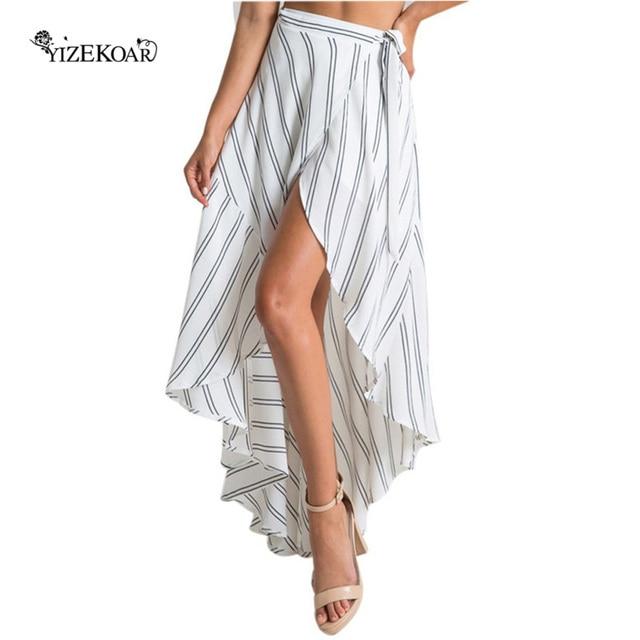 Breve estilo Falda larga Mujer 2018 impresión de la raya asimétrica  envuelta Blanco Negro falda de0c39d7b3d2