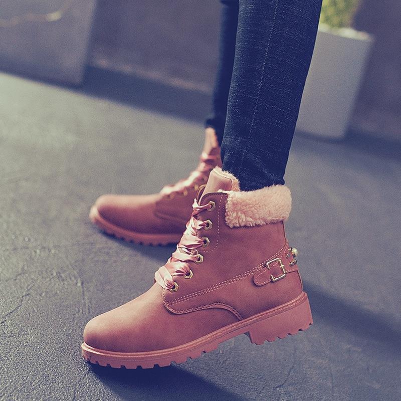 2019 NEW Women's shoes Autumn and winter new Martin boots women's cotton boots plus velvet warm rivet boots children