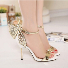 European station shoes open-toed three-dimensional butterfly angel wings word buckle steel with high-heeled fine new sandals the pearl is high with the female sandals 2017 new fashion fine with banquet sexy diamond open toed wedding shoes 34 40 yards