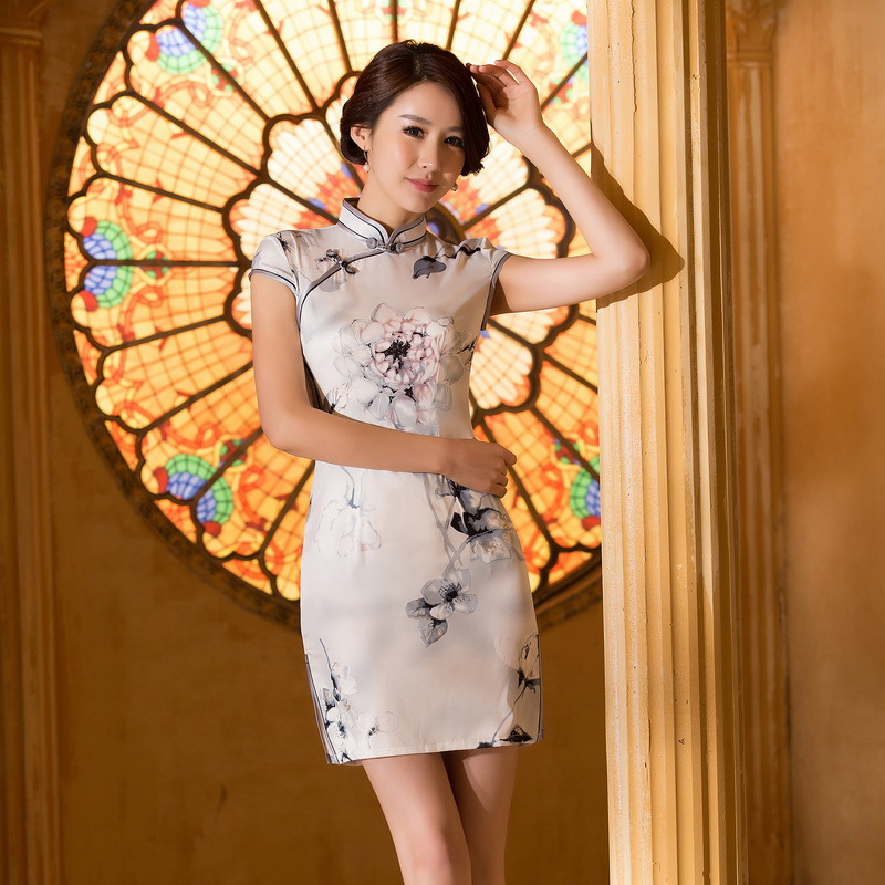 34999802a2865 2015 New Chinese Style Traditional Short Cheongsam Qipao Wedding Dress  Women Vintage Embroidery #8138Sophia