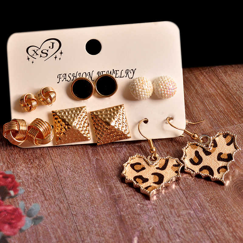 New Fashion Women Jewelry Wholesale Girls Party Pearl Stud Earrings Black Heart Shape Mix and Match Pretty 6 Pairs / Set Earring