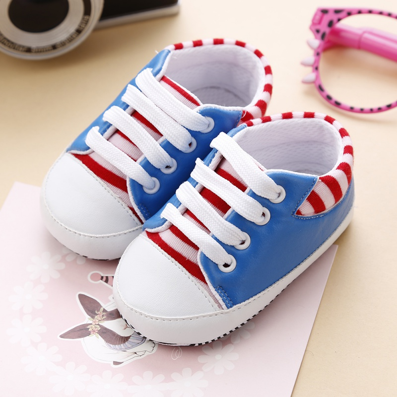 2017 New Infant Toddler Sneakers Baby Boy Girl Striped Soft Sole Crib Shoes Glossy Pu Anti-Slip Prewalker 0-18 M First Walker soft baby boy girl shoes autumn winter cotton infant toddler anti slip first walkers cute slippers prewalker shoes for children
