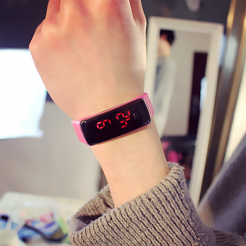 купить Hot Fashion Women's Watches Candy Silicone Strap Watches for Ladies Touch Screen Square Dial Digital LED Casual Sport WristWatch дешево