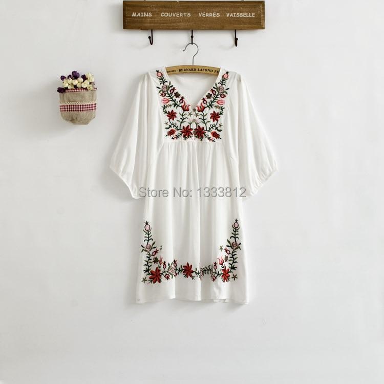 Vintage 70s Mexico Ethnic Flower EMBROIDERY BOHO Hippie Women T-shirt Plus Size women clothing Tops Blouse Vestidos 7 Colors