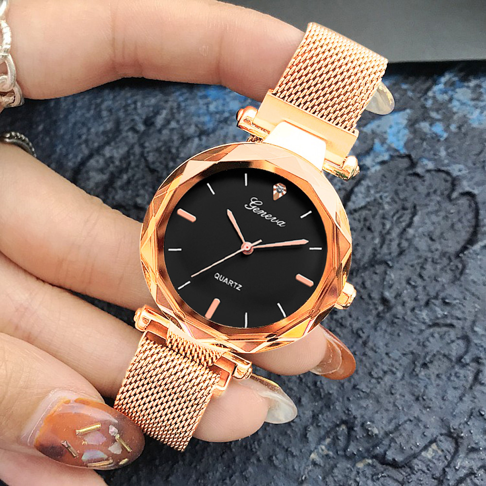 Luxury Gold Watches Women 2019 New Fashion Starry Sky Wristwatches Mesh Magnetic Strap Waterproof Quartz Watches Montre Femme A4