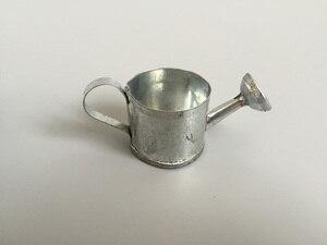 Image 1 - 50 ピース/ロットD3.5XH3cm最小散水缶バケツ金属装飾おもちゃ散水缶ドールハウス