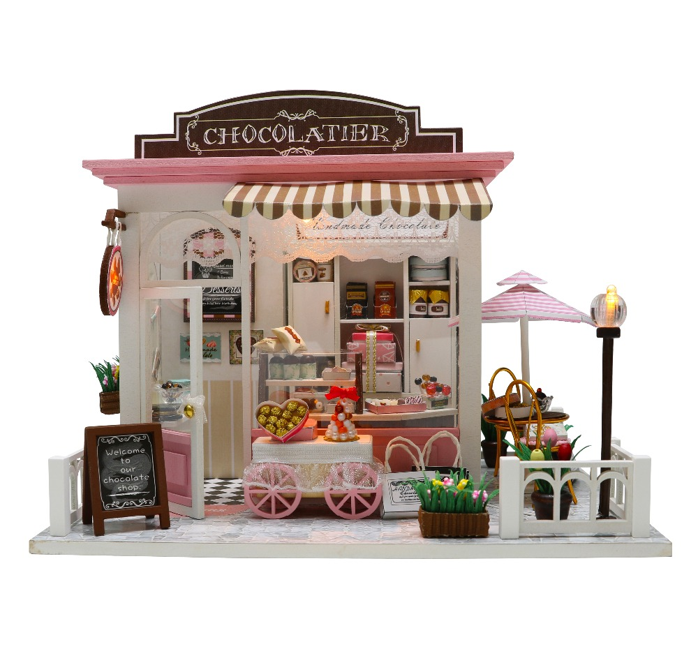 CUTEBEE Doll House Miniature Dollhouse With Furniture Kit Wooden House Miniaturas Toys For Children New Year Christmas Gift C007