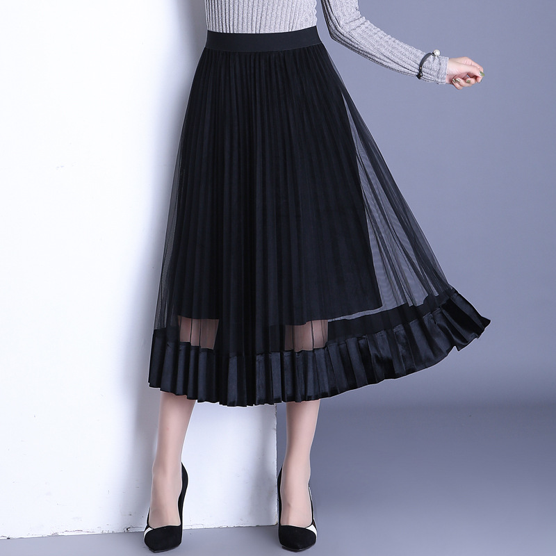 e6e2ab3a12 2017 autumn winter new half skirts gold velvet stitching net yarn pleated  long skirt Korean version wild wave generation of hair-in Skirts from  Women's ...