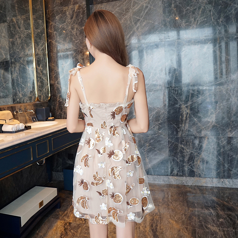 56066431c98 YiLin Kay High end custom womens summer dresses 2018 Slim boob tube top A  strapless with flounces Net yarn embroidery dress-in Dresses from Women s  Clothing ...