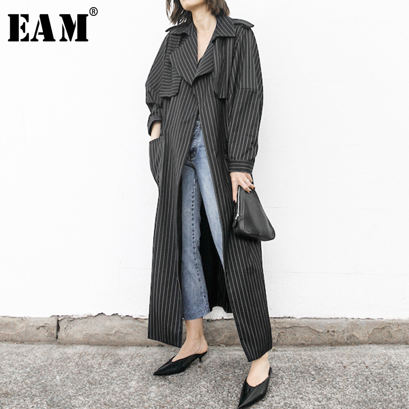 [EAM] 2020 New Spring Autumn Lapel Long Sleeve Striped Pockets Spliced Big Size Long Windbreaker Women Trench Fashion JY013