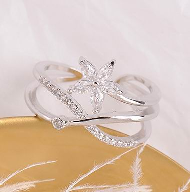 2019 New Rings For Women Shinning Zircon Flower Criss Cross Open Ring Adjustable Jewelry Bijoux Rose Gold Silver Color in Rings from Jewelry Accessories