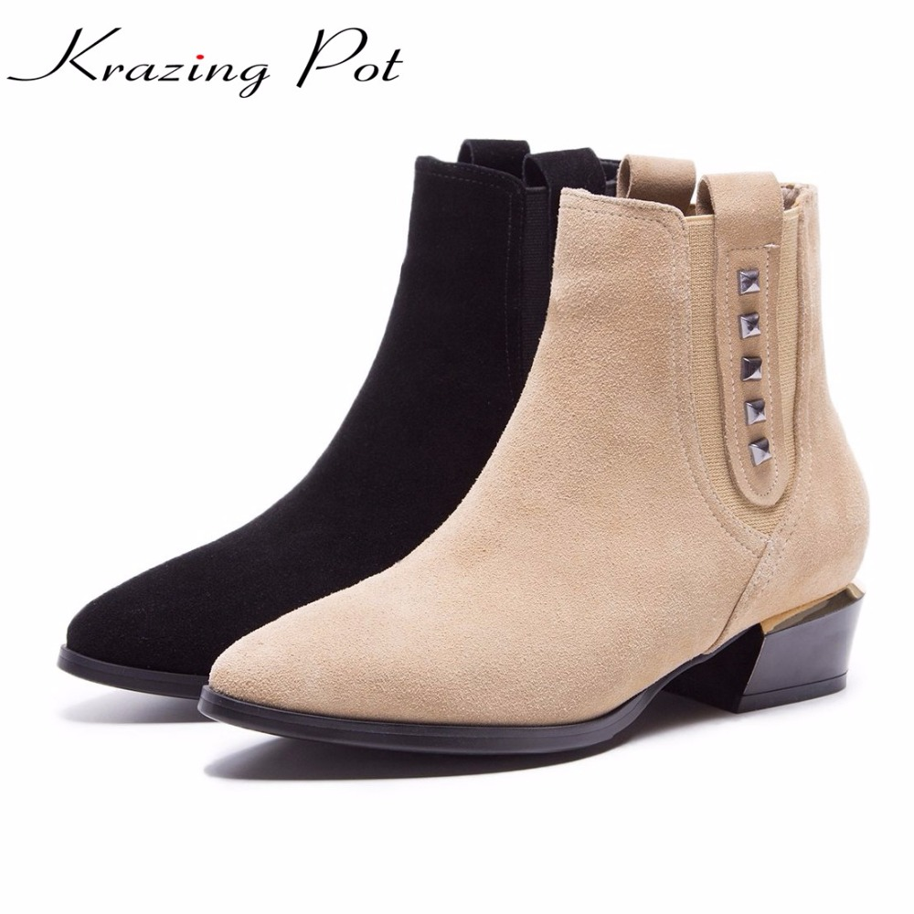 Krazing pot hot sale cow suede rpointed toe thick heels fashion rivets decorati European designer keep warm ankle boots L10 krazing pot hot sale cow suede round toe thick high heels fashion office lady bowtie design keep warm quality ankle boots l8f1