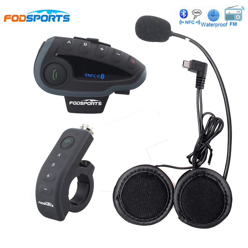 Fodsports V8 5 Riders Talking Motorcycle Helmet Headsets Intercom Bluetooth Interphone Headphone with Remote Control Handlebar lexin 2pcs r6 1200m bt motorcycle wireless intercom helmet headsets for 6 riders intercomunicador bluetooth para motocicleta