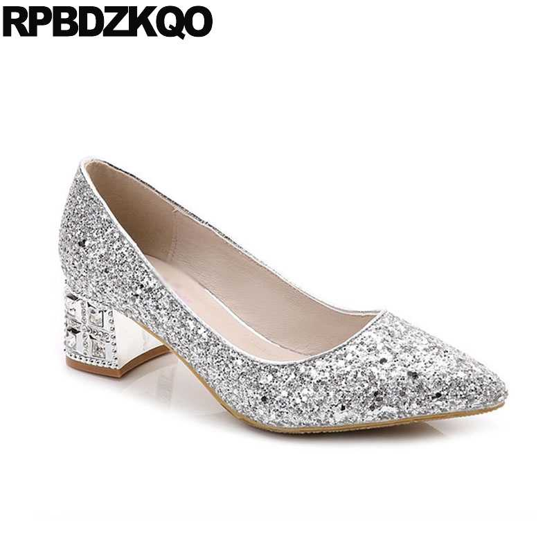 ... Silver Bling Bridal Thick Crystal Medium Shoes Glitter Pumps Size 4 34  10 42 Pointed Toe ... 16fdde93dc77