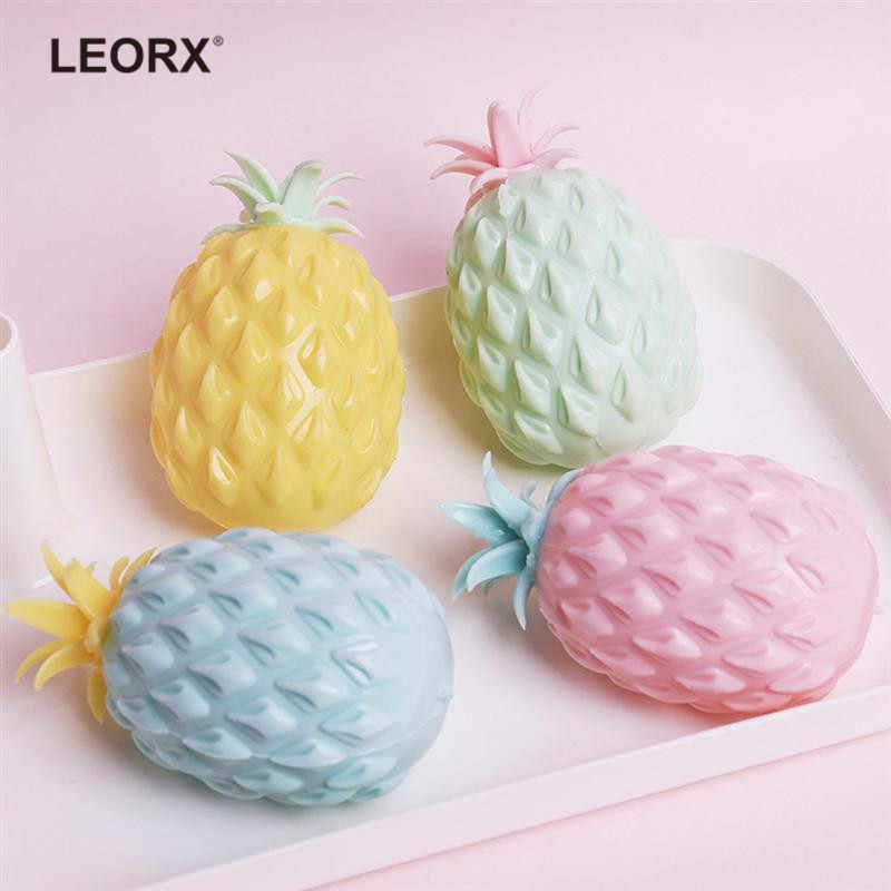 Mignon 11cm Jumbo Squishy ananas jouet lente montée presser doux Stretch parfumé pain gâteau Fruit antistress amusement enfants jouets cadeau