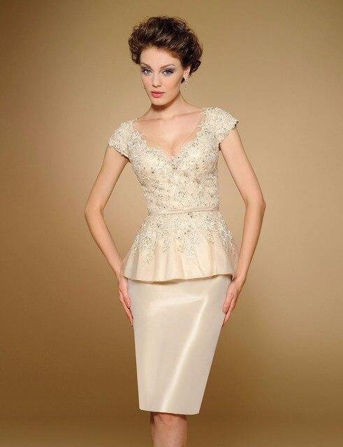 New Design Short Lace Applique Peplum Godmother Dresses Bride Mother Dresses Knee Length Jurk Voor Bruid Moeder M51