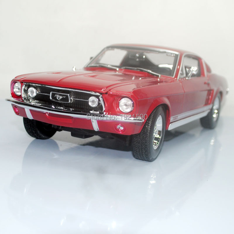Brand New 1/18 Scale USA 1967 Ford Mustang Diecast Metal Car Model Toy For Collection/Gift/Decoration brand new 1 72 scale fighter model toys usa f a 18f super hornet fighter diecast metal plane model toy for gift collection