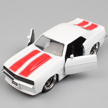 1:32 Scale Jada vintage bigtime 1969 Chevrolet Chevy Camaro SS metal die cast model muscle car vehicle toy gifts for kids boys