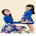 Мать дочь платья фотографии реквизит платье мама и дочь 2 шт. цветок старинные мать дочь соответствующие одежда семья посмотрите
