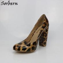 Sorbern Leopard Блестящие женские насосы Короткие высокие каблуки скользят по ботинкам Женские насосы Женская обувь Плюс Размер Высокий каблук Пользовательские цвета