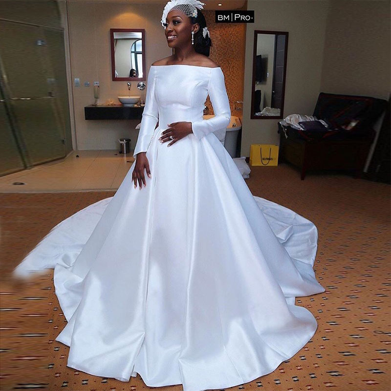 Off Shoulder African Wedding Dress With Long Sleeves White Bridal Gowns Princess A line vestidos de novia Wedding Gowns New-in Wedding Dresses from Weddings & Events