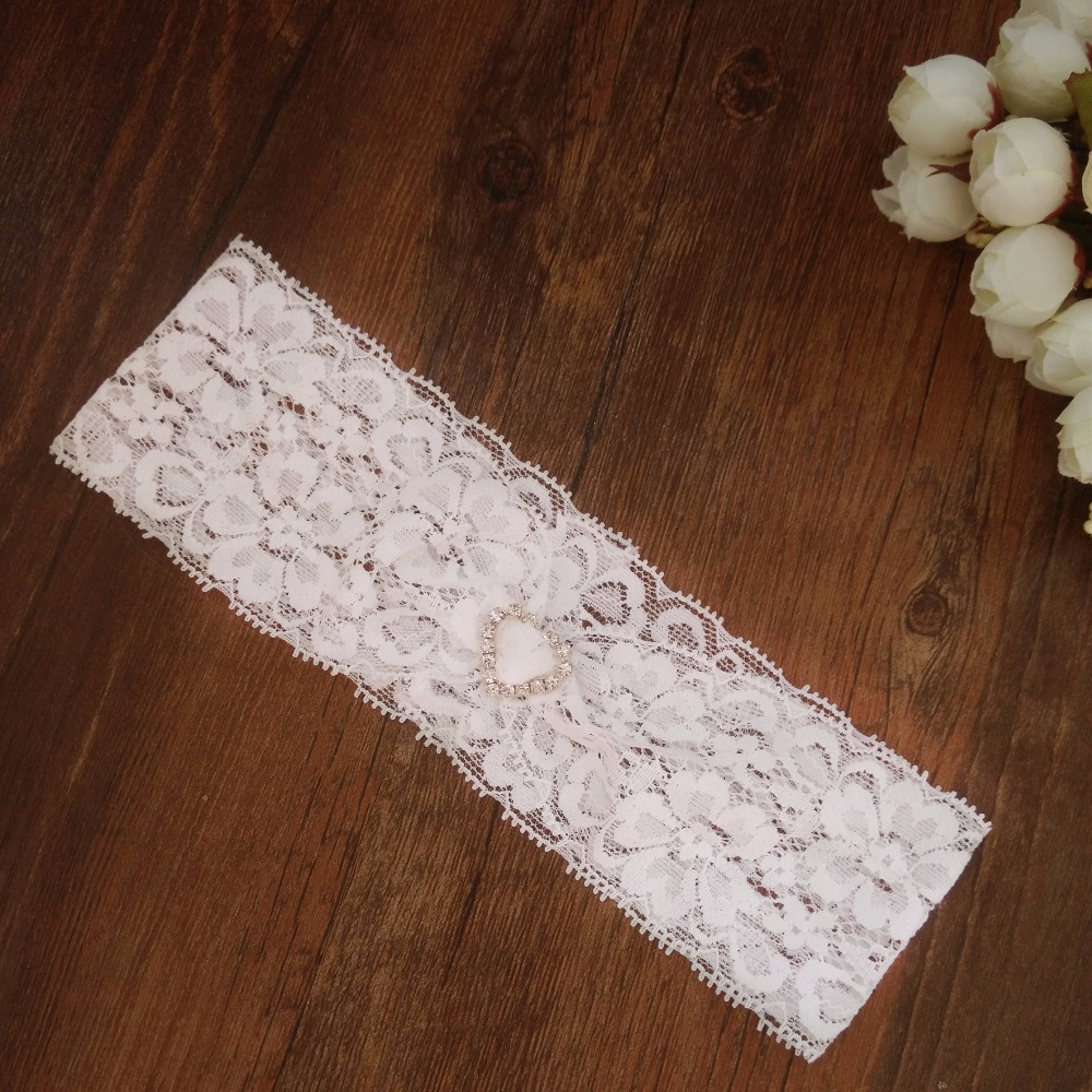 Wedding Dress Garter: Wedding Vintage White Chiffon Flower With Rhinestones And