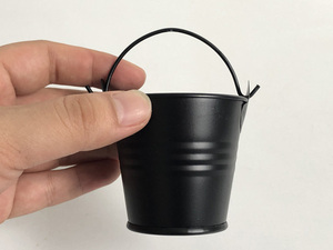 Image 3 - 100 ピース/ロット D5.5xH5CM 金属多肉植物ポット/かわいい黒キャンディーボックス/鉄バケット/保育園ポット/錫バケツ