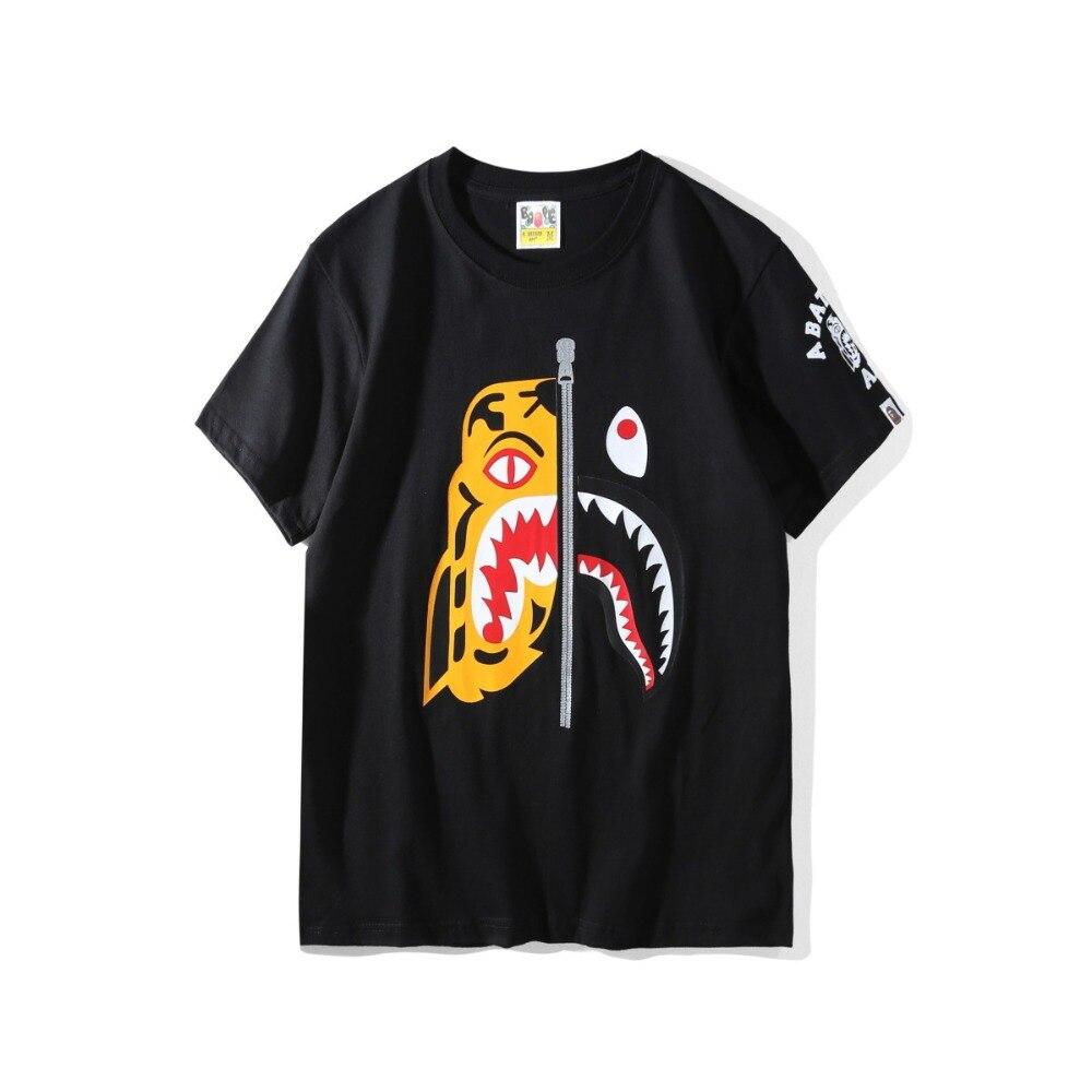 A bathing ape t-shirt à manches courtes tigre requin couture coton baignade ape