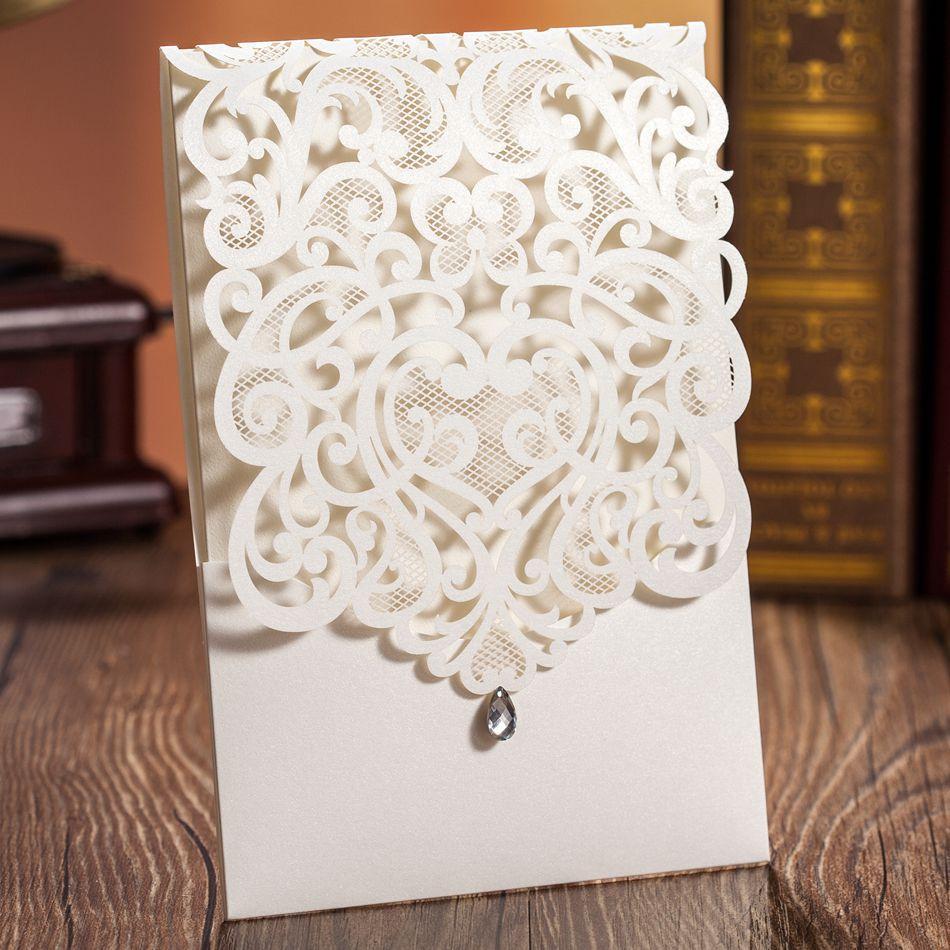 [تصویر:  Luxury-White-Cut-out-Paper-Lace-Wedding-...ipping.jpg]