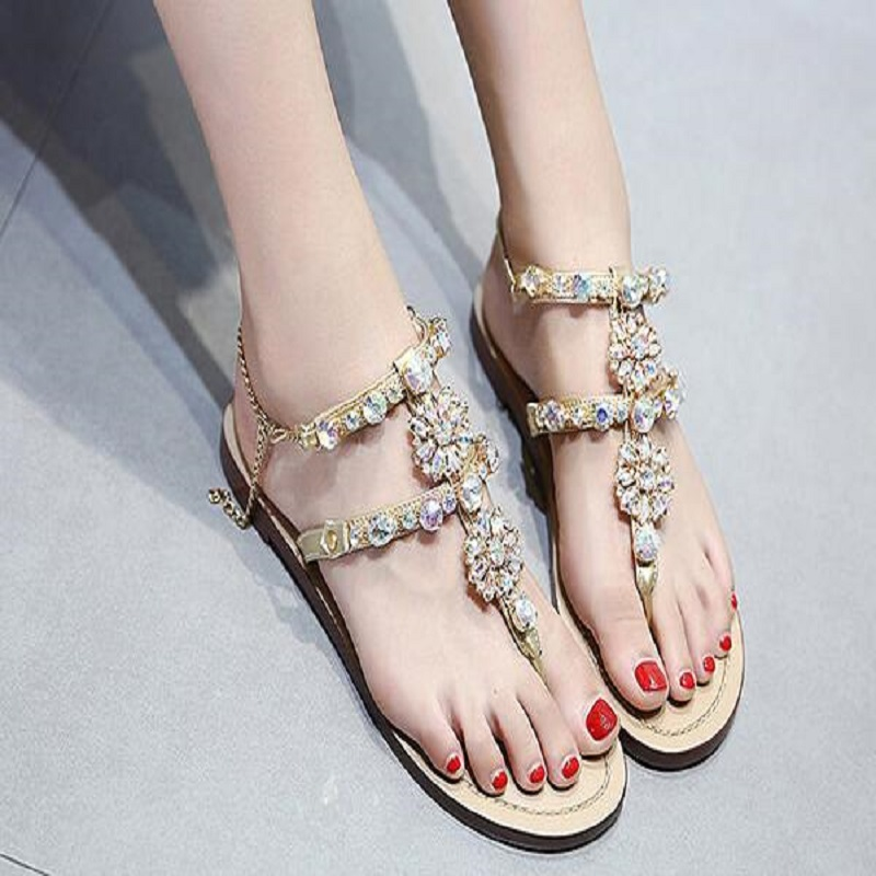 a07707e578b3e6 2018 New Leisure Woman Sandals Slippers Shoes Rhine stones Crystal Chains  Gladiator Flat Sandals Plus Size 35-43
