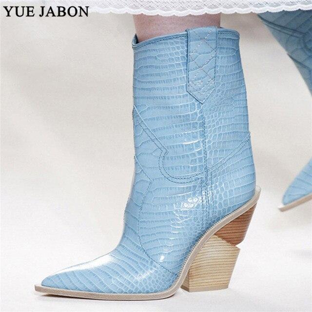 Mavi sarı yılan derisi Kadın Botları 2019 Batı Çizmeler Serin Bayanlar Kovboy Çizmeleri pist tasarım Tıknaz Takozlar topuk Orta buzağı Çizmeler